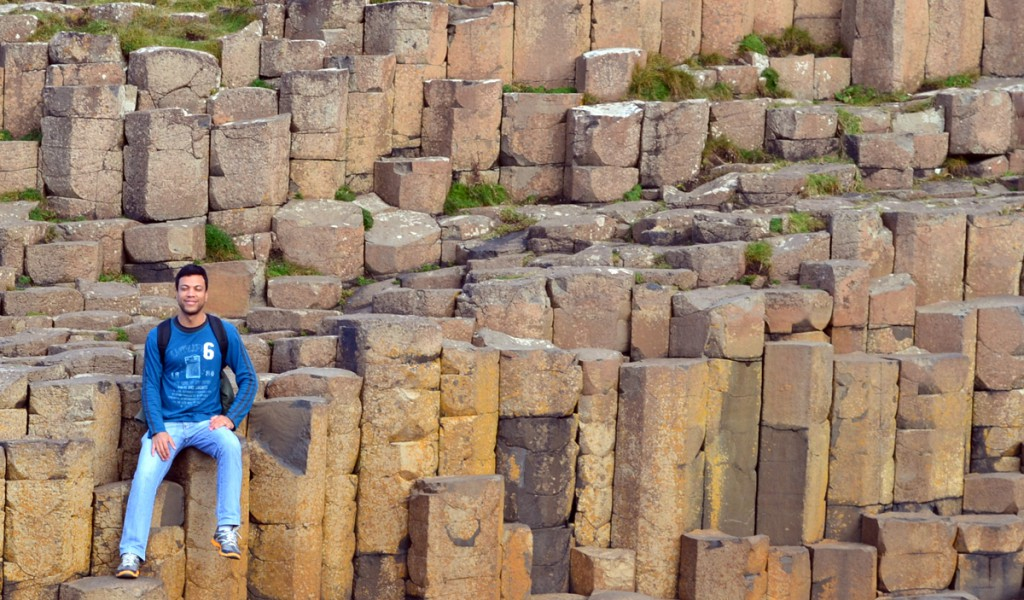 Farley William durante visita ao Giant's Causeway, em Antrim (Irlanda do Norte).