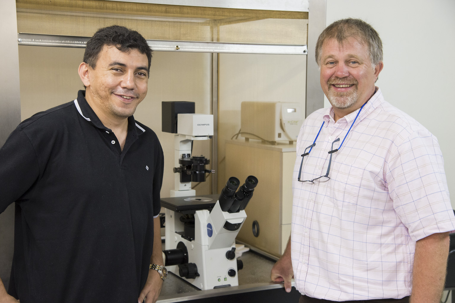 Eugênio Oliveira e Philip L. Newland